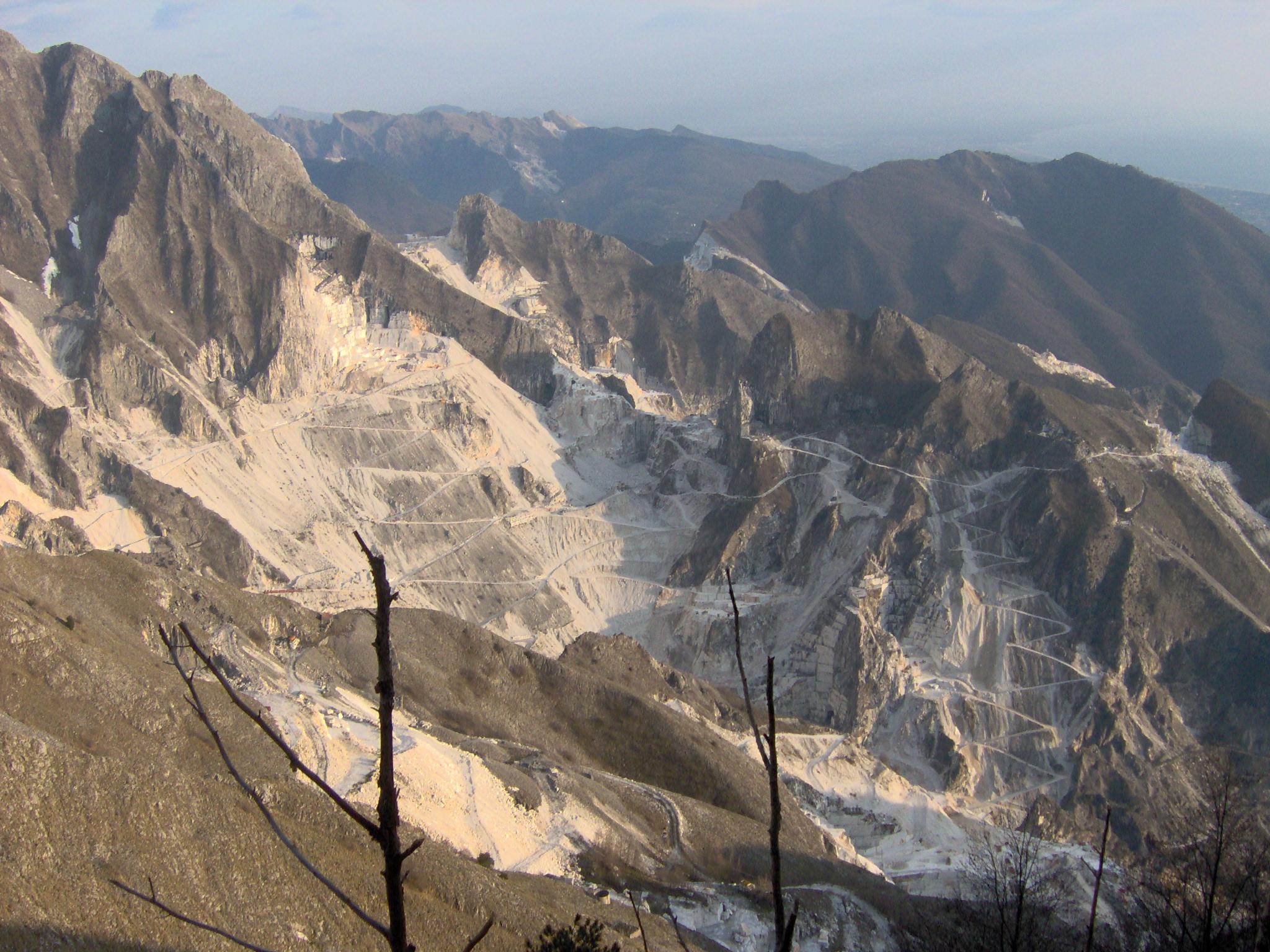 Carrara_-_Cave_di_marmo